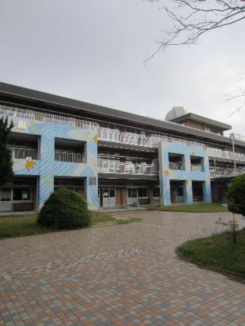三重 大学 教育 学部 附属 中学校